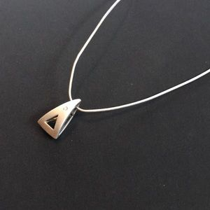 Jewelry - Minimalistic Pendant Necklace